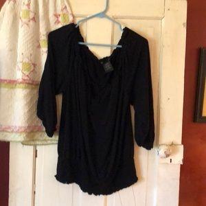 Grace elements size XL black top